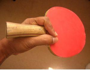 gambar 2 - Teknik Penhold Grip tenis meja